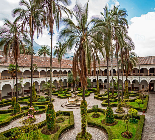 Tour December 26 / Friday: Quito - Otavalo